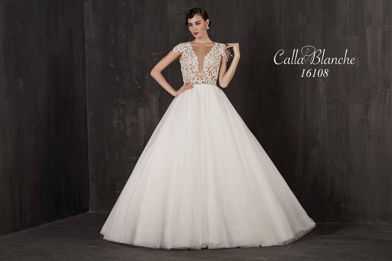 Lace wedding dress with cap sleeves sweetheart neckline  Calla Blanche wedding dressgown ivory aline style wedding dress