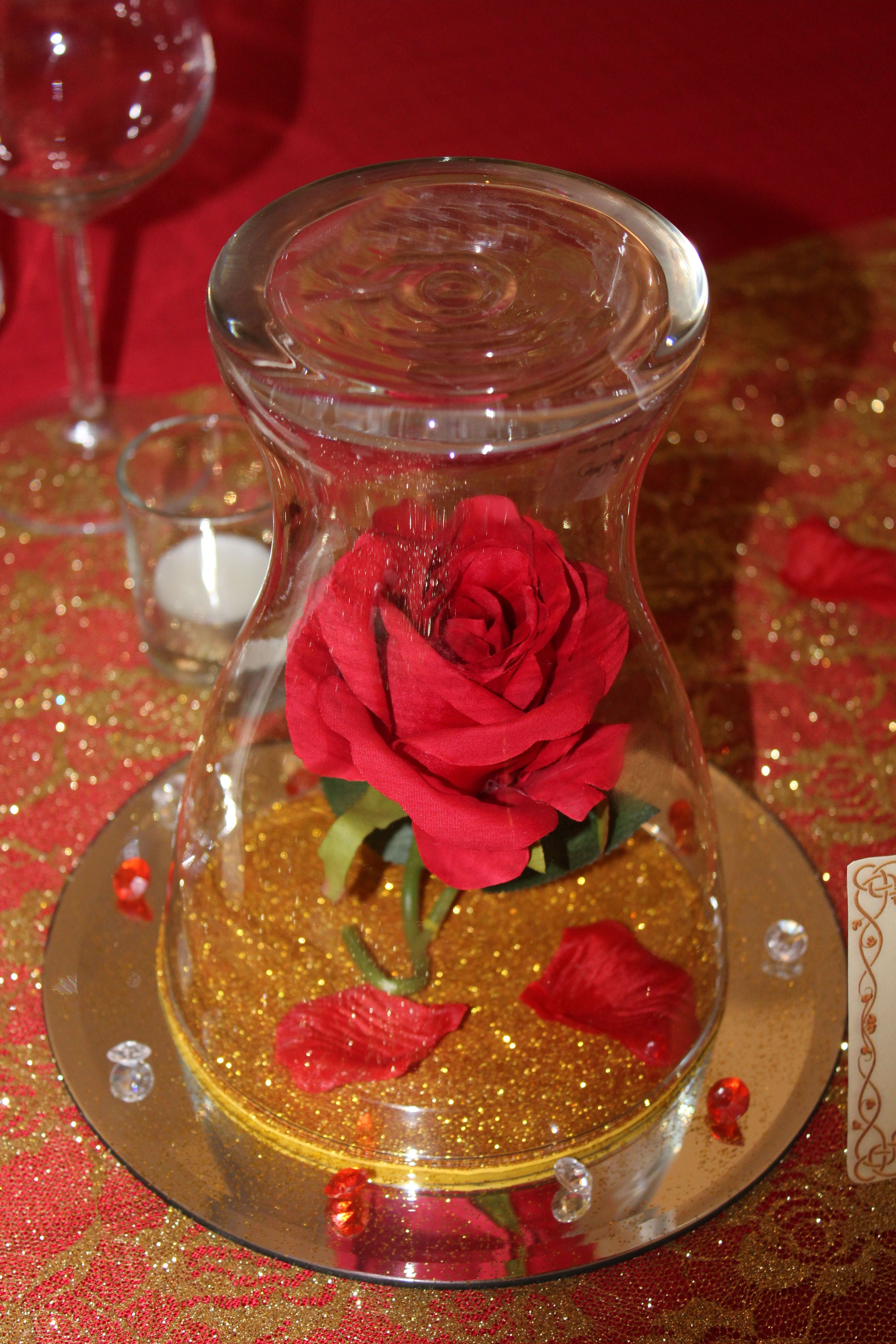 Centerpiece Beauty and the Beast | Beauty and beast wedding, Beauty and the beast  wedding theme, Beauty and beast birthday