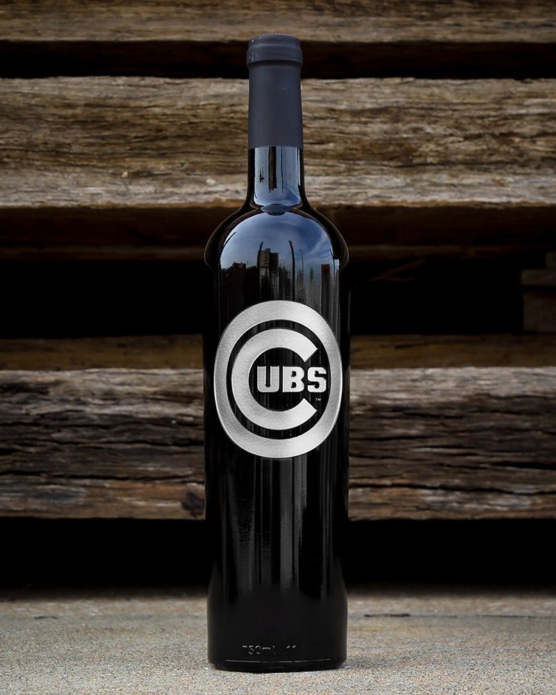Mano's Wine Chicago Cubs™ Etched Wine Bottle | Products I Love ...