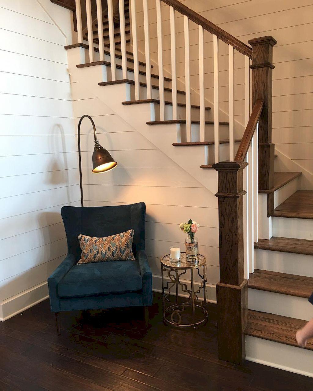 Best 80 Awesome Modern Farmhouse Staircase Decor Ideas 400 x 300