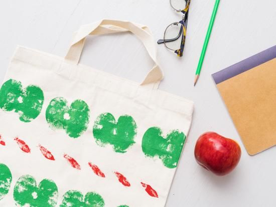 Cool project from http://www.kiwicrate.com/projects/Apple-Stamps-/2676: Apple Stamps