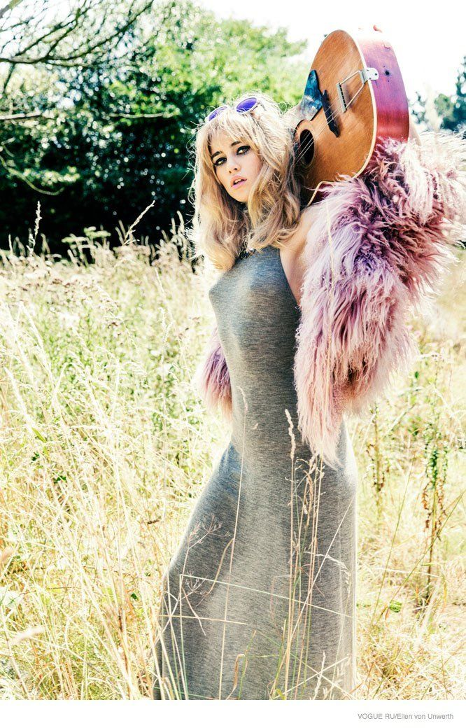 Suki Waterhouse is a Blonde Bombshell in Ellen von Unwerth Story for Vogue Russia