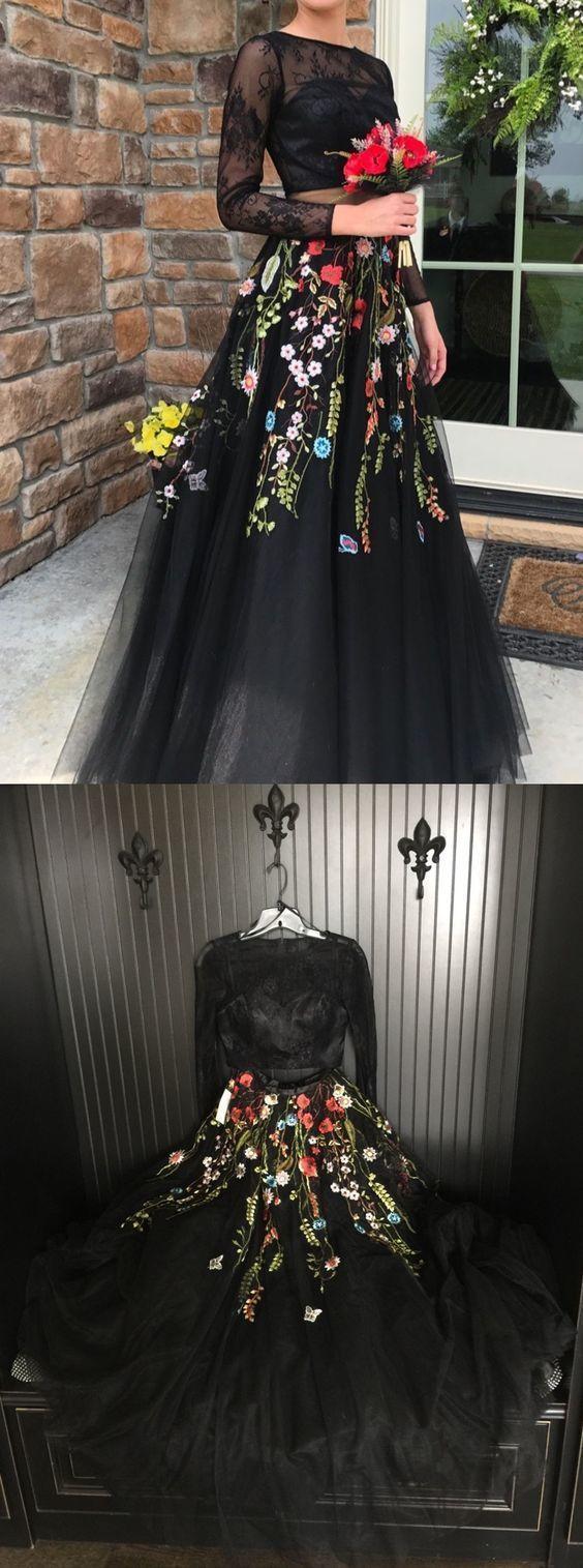 的 two piece crew long sleeves black lace bodice prom dress