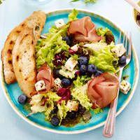 Lunchsalade met blauwe bessen