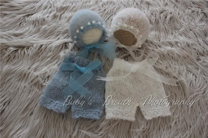 2pcs/one lot Hand Knitted Baby Shorts and Bonnet Set Newborn Outfits with Ribbons and Pearls Newborn Prop