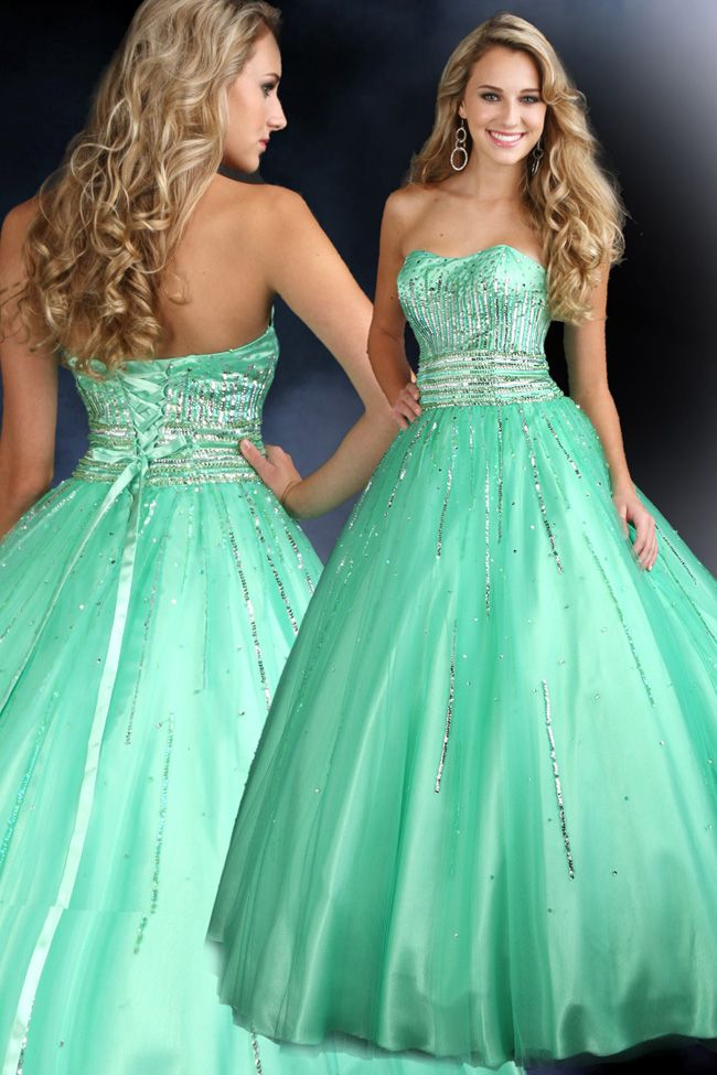 love the color and sparkles!!!! could totally rock this dress for prom!!! :D