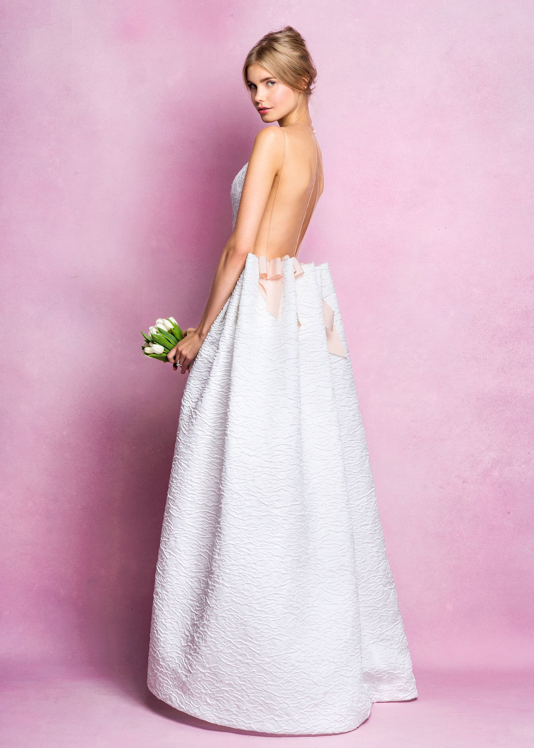 9bee986cdd6 Angel Sanchez Bridal Fall 2016 Collection Photos - Vogue