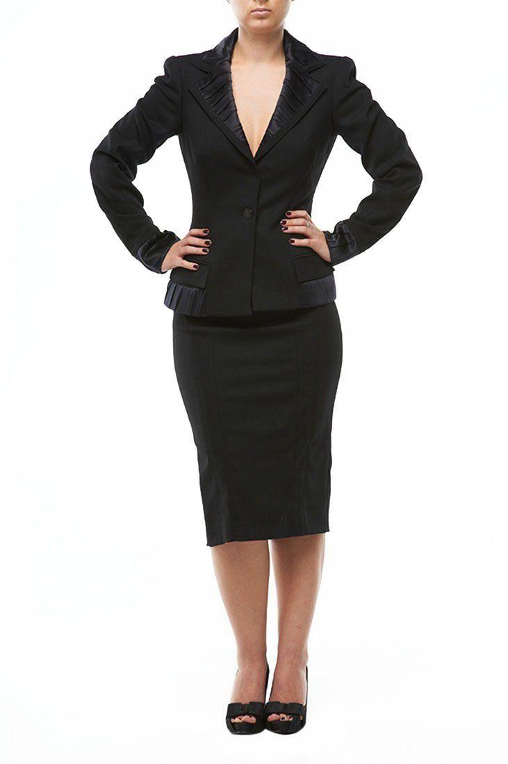 Amazon Com Roberto Cavalli Womens Business Suit Black 38 Black Clothing Business Women Fashion Fashion Casual Tops Workplace Fashion [ 1100 x 731 Pixel ]