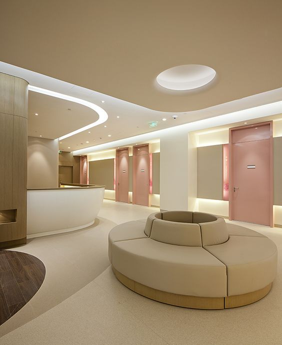 Chic But Welcoming Doctor's Clinic Design Ideas
