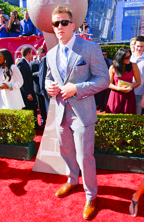 Pin on Hes my kind of perfection in a 65 body-- JJ Watt