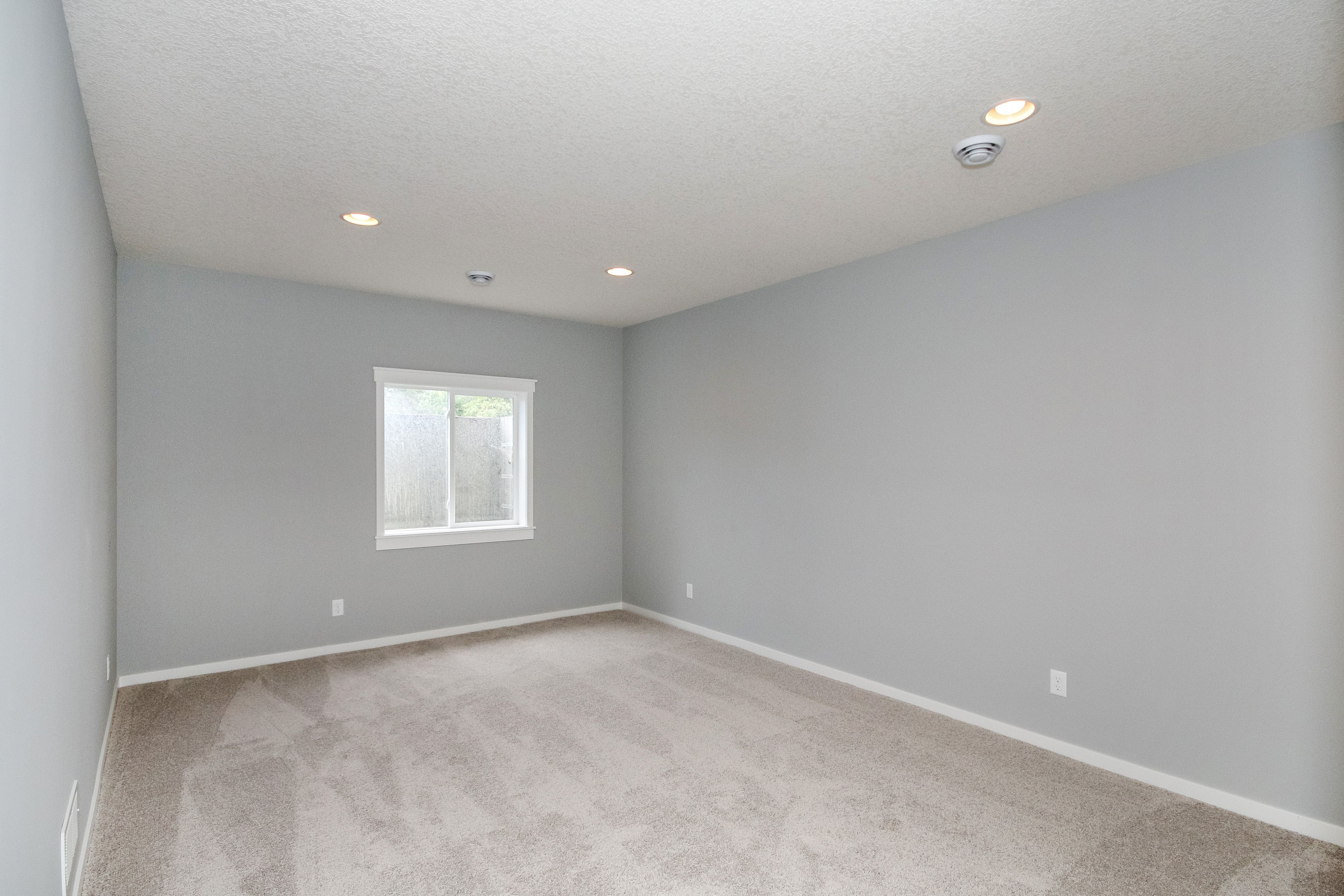 Upstairs bedroom walls sherwin williams sw 0055 light for Light grey paint colors