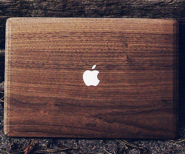 Walnut MacBook Cover - https://tiwib.co/walnut-macbook-cover/ #ComputerGeekery #gifts #giftideas #2017giftideas #xmas