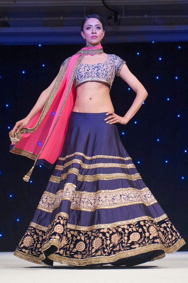 Stunning Manish Malhotra navy blue. | Tendencias | Pinterest | India ...