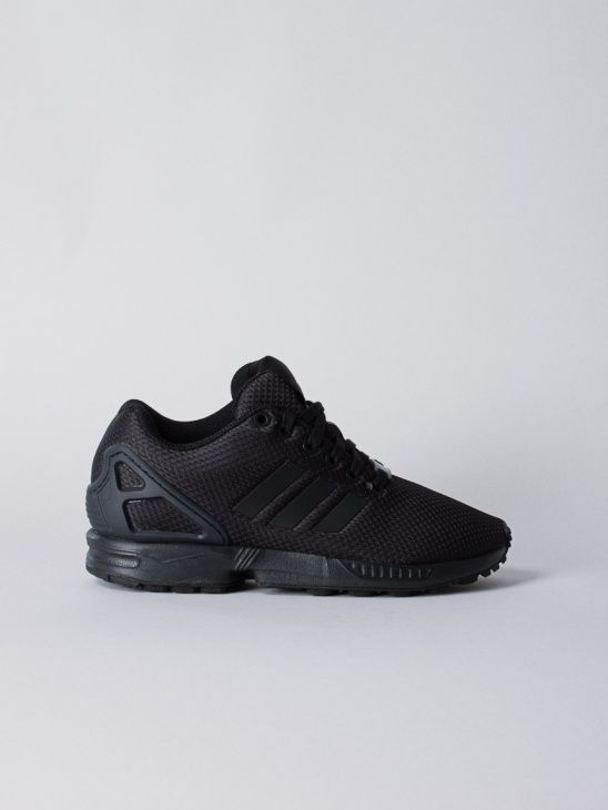 pretty nice 1ea44 015c8 ZX FLUX Black Black - Adidas Originals - Aplace.com - APLACE Fashion Store    Magazine