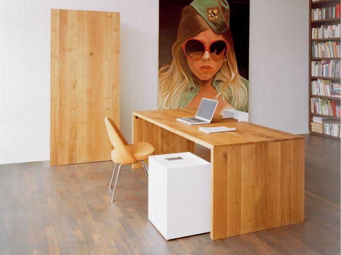 Le bureau en bois massif est une classique qui ne se démode pas