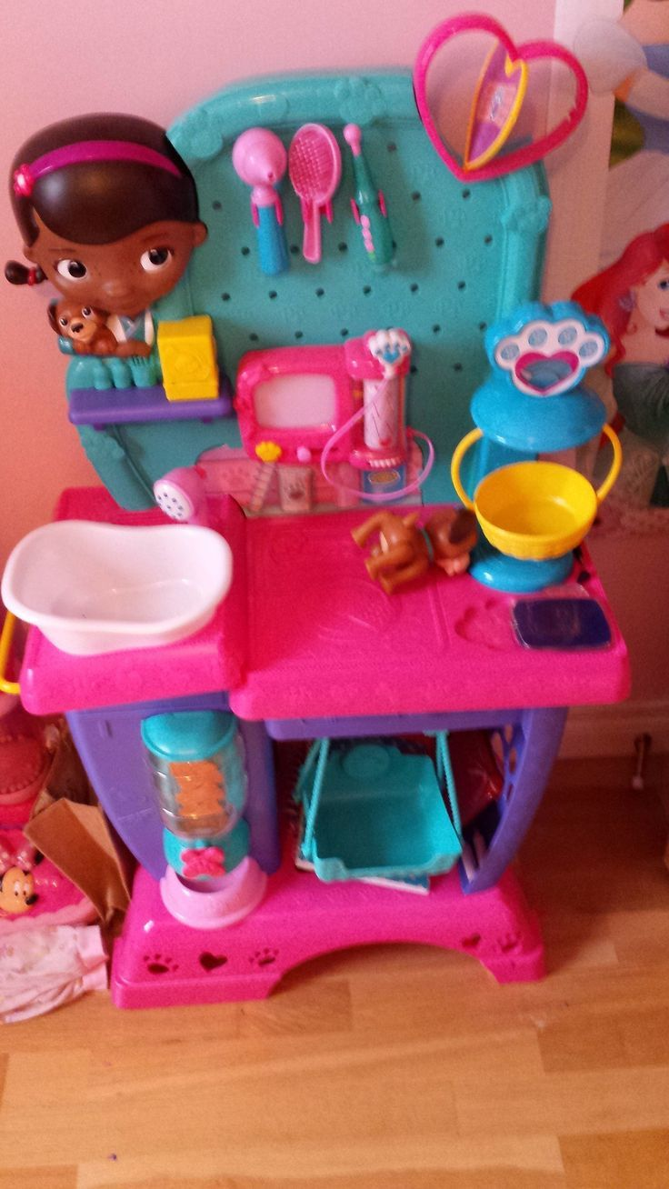 Doc McStuffins mobile vet clinic is one of best toys for 6 year old ...