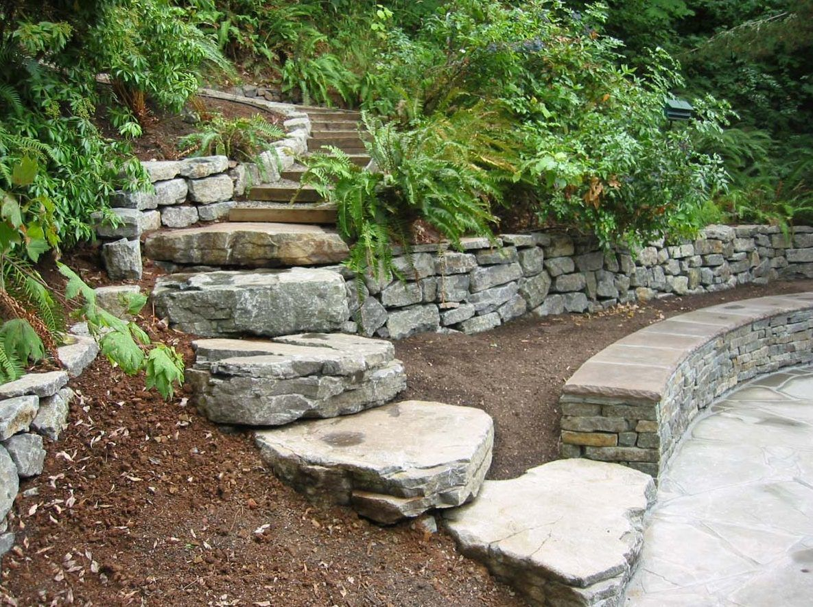 Slab Steps Next To Seat Wall And Rubble Wall In Landscape Design Salem Oregon 2 Wall Seating Garden Wall Garden Angels