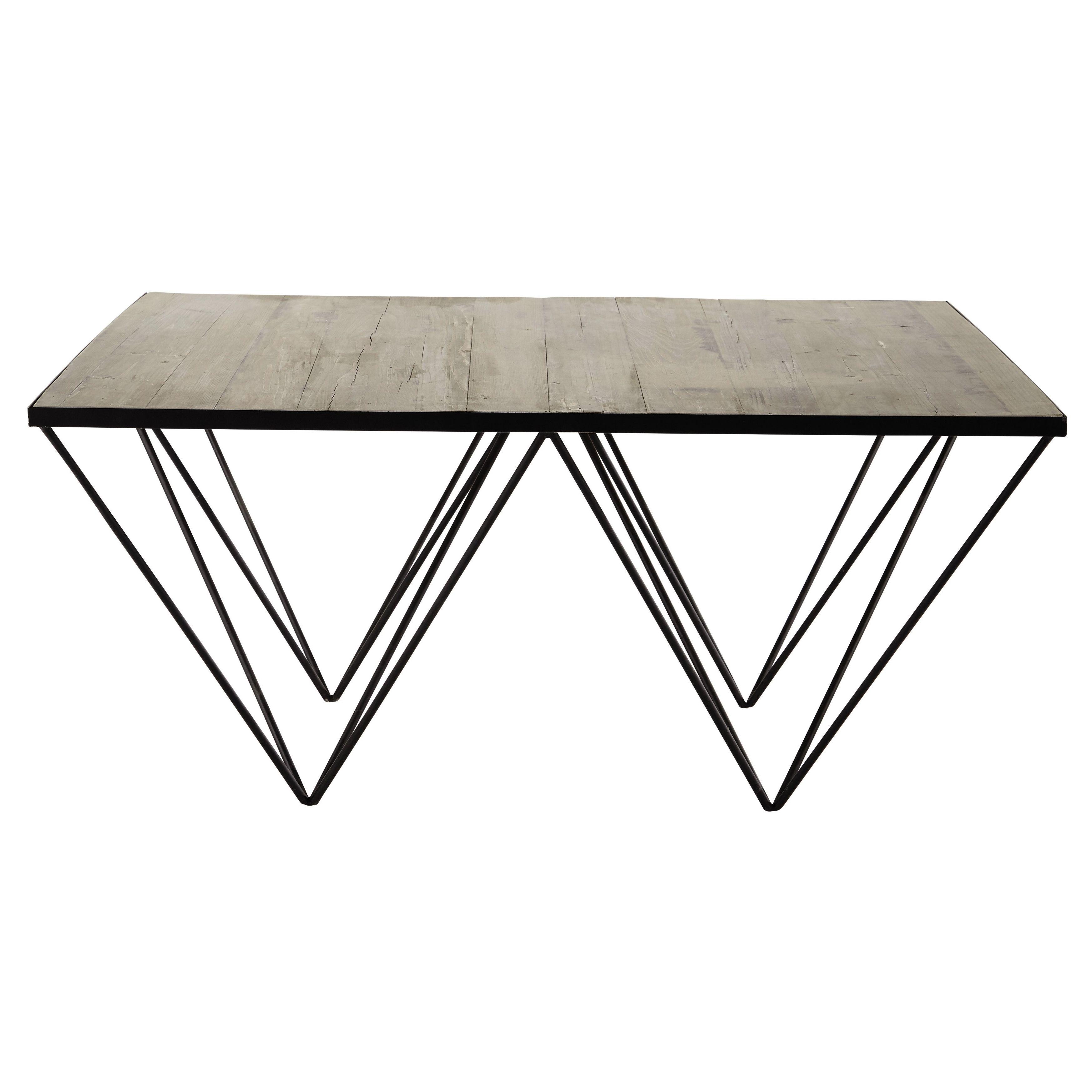 Mesa baja cuadrada de pino reciclado y metal