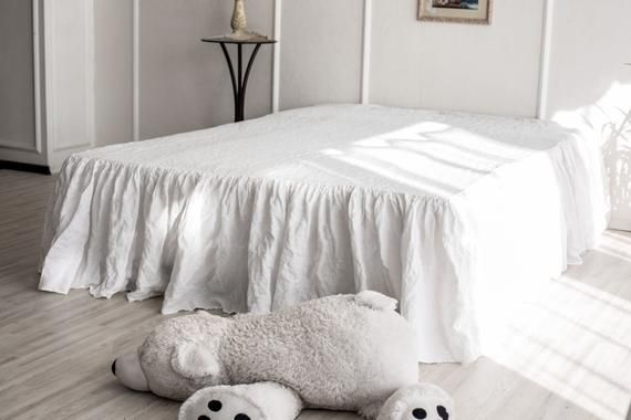 Double//Full Size Eyelet Lace 400 Thread Count Bed Skirt White Color