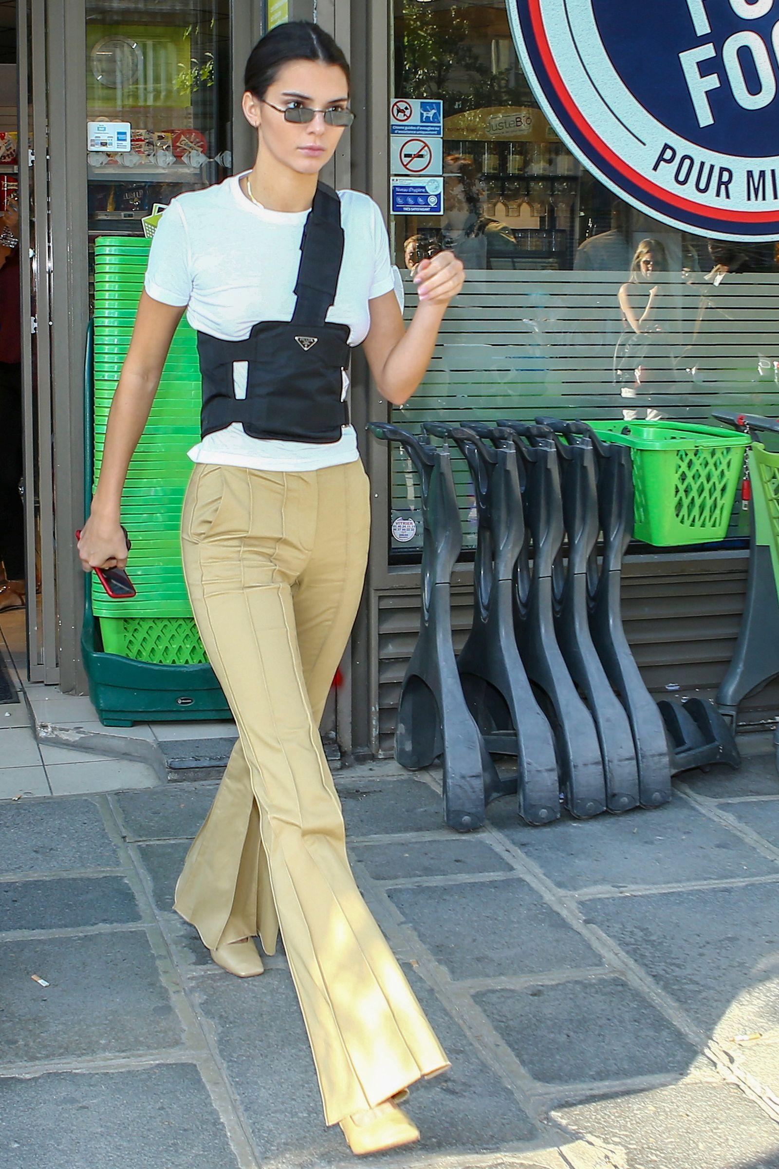 Kendall Jenner Summer Style - Running Errands in LA, July