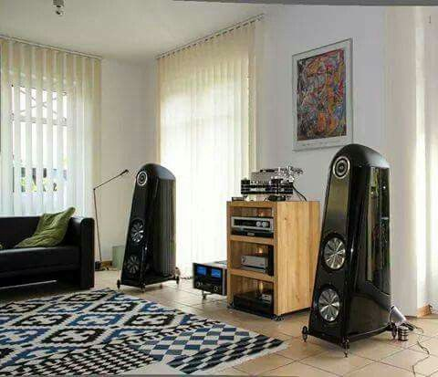High end audio audiophile music listening room | Stereo ...