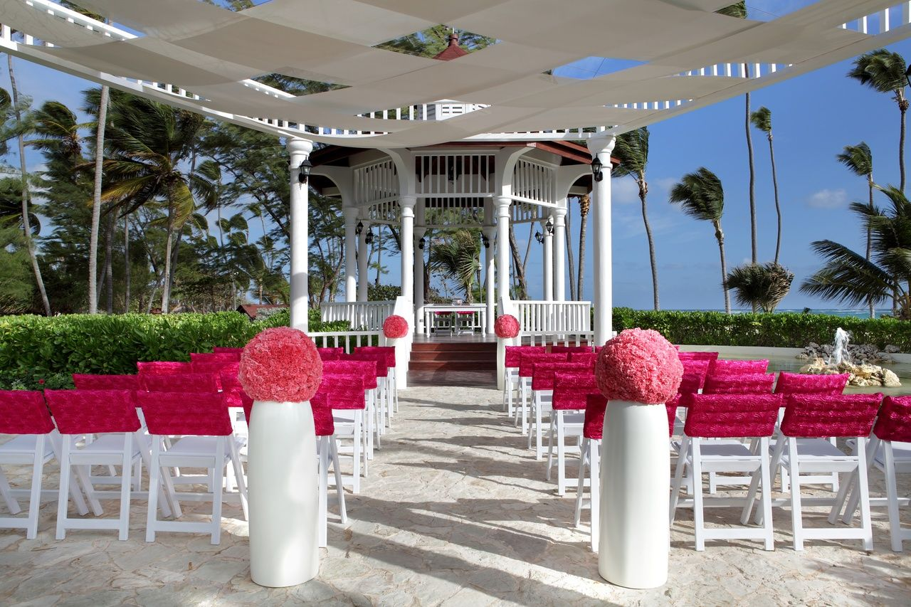 Pure Paradise Package Gazebo Ceremony Punta Cana