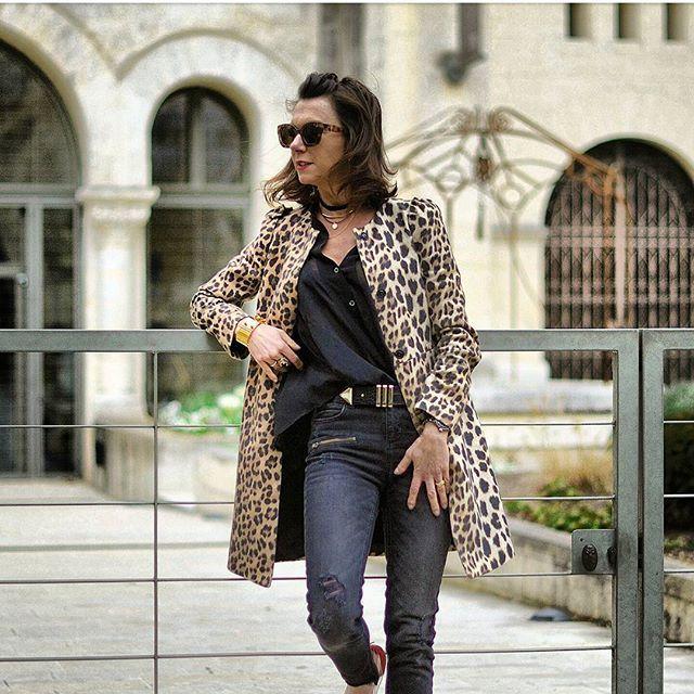 """""""Red shoes"""" c'est une chanson mais c'est aussi un nouveau billet donc nouvelles chaussures sur le blog ! •~•~•~•~•~•••~•~•~~~•~•~••~••~•~•• #blogmodebordeaux #bordeauxmaville #bordeaux #blogmodetoulouse #blogmodelille #blogmodeparis #blogmodelyon #rennes #biarritz #tours #orleans #nantes #bloglifestylebordeaux #blogparis #strasbourg #lyon #toulouse #bloglifestyle #frenchstyle #frenchgirl"""