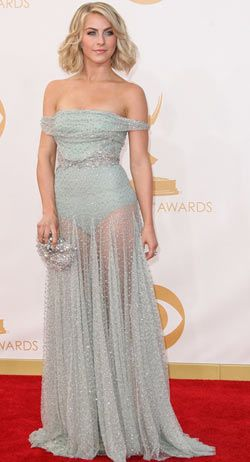 Julianne Hough in Jenny Packham at 2013 Emmys