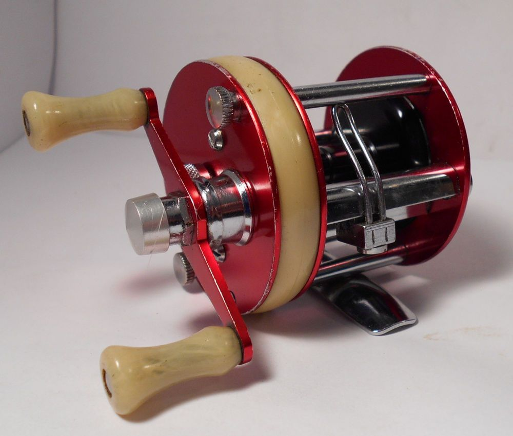 Vintage abu garcia ambassadeur 1750 a baitcasting antique for Vintage fishing reels