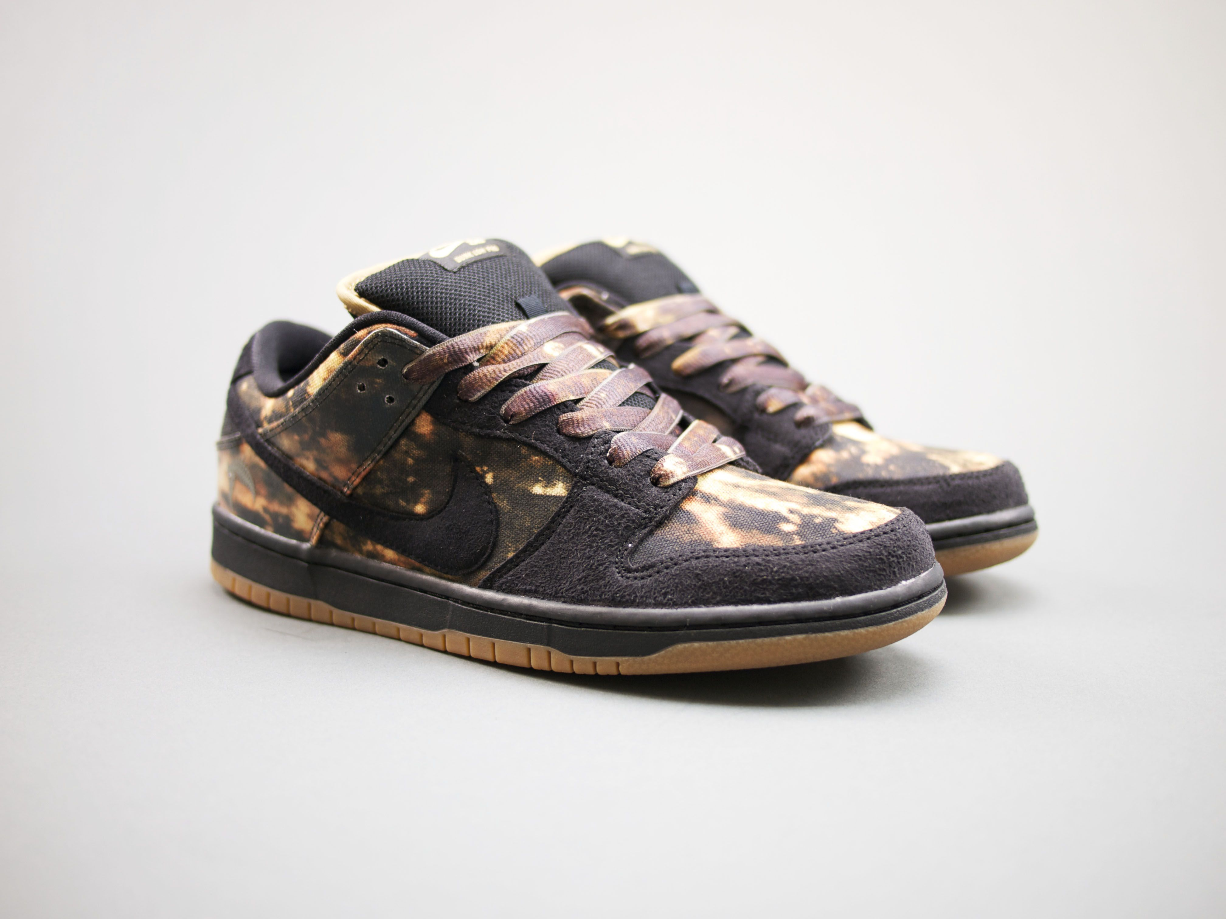 sports shoes 8bb86 36da1 ... official nike sb dunk pushead 2 people actually fought to get a pair  during the launch