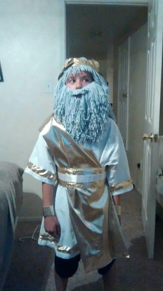 Zeus costume | Halloween in 2019 | Zeus costume,