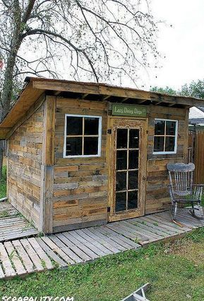 Pallet Shed Using Pallets, Old Windows & Tin Cans #oldpalletsforcrafting