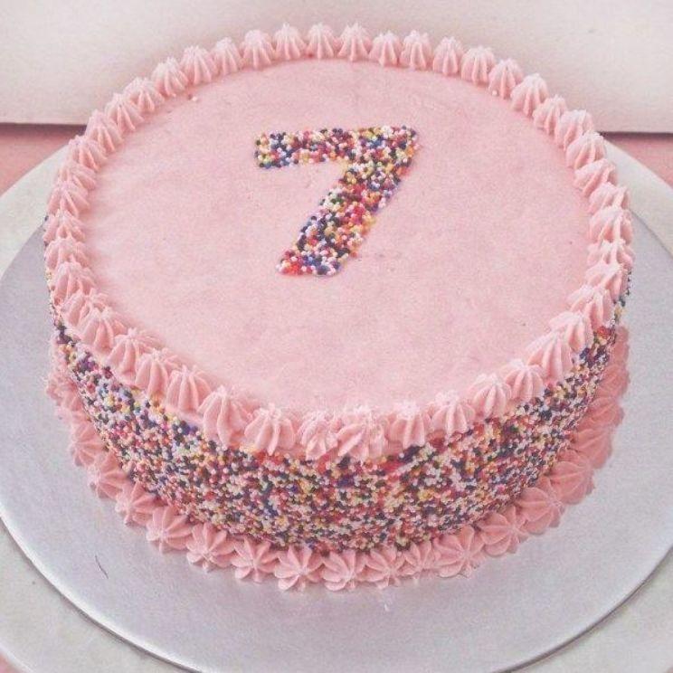 Marvelous 27 Inspired Photo Of Easy Birthday Cake Easy Birthday Cake Home Funny Birthday Cards Online Inifodamsfinfo