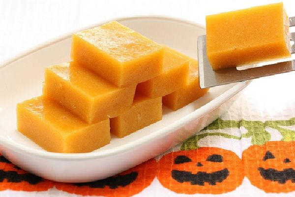 Mango jigglers - 10 Healthy Halloween Treats - ParentMap