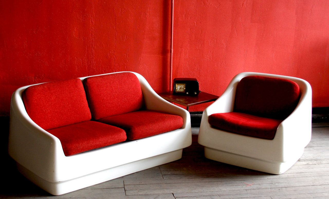 Space Age Furniture Mod Space Age Couch With Fiberglass Shell With Cherry Red Tweed