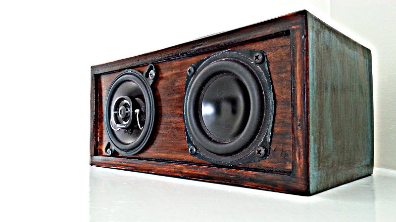 Music Speakers Antique Front 800x450