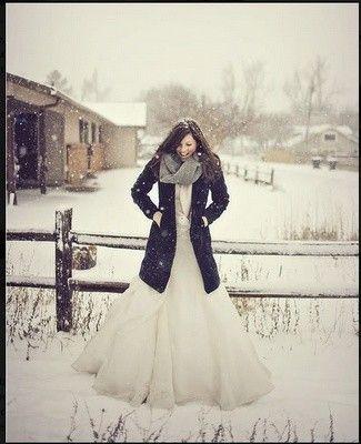 Matrimonio a Natale: foto sotto la neve