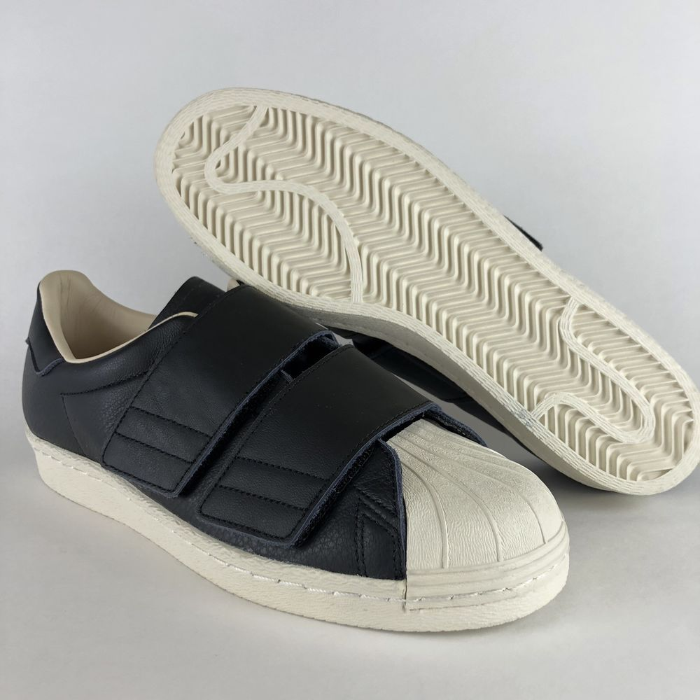 famoso marchio di stilisti 100% originale comprare on line finest selection a4e37 584a1 adidas superstar velcro ...