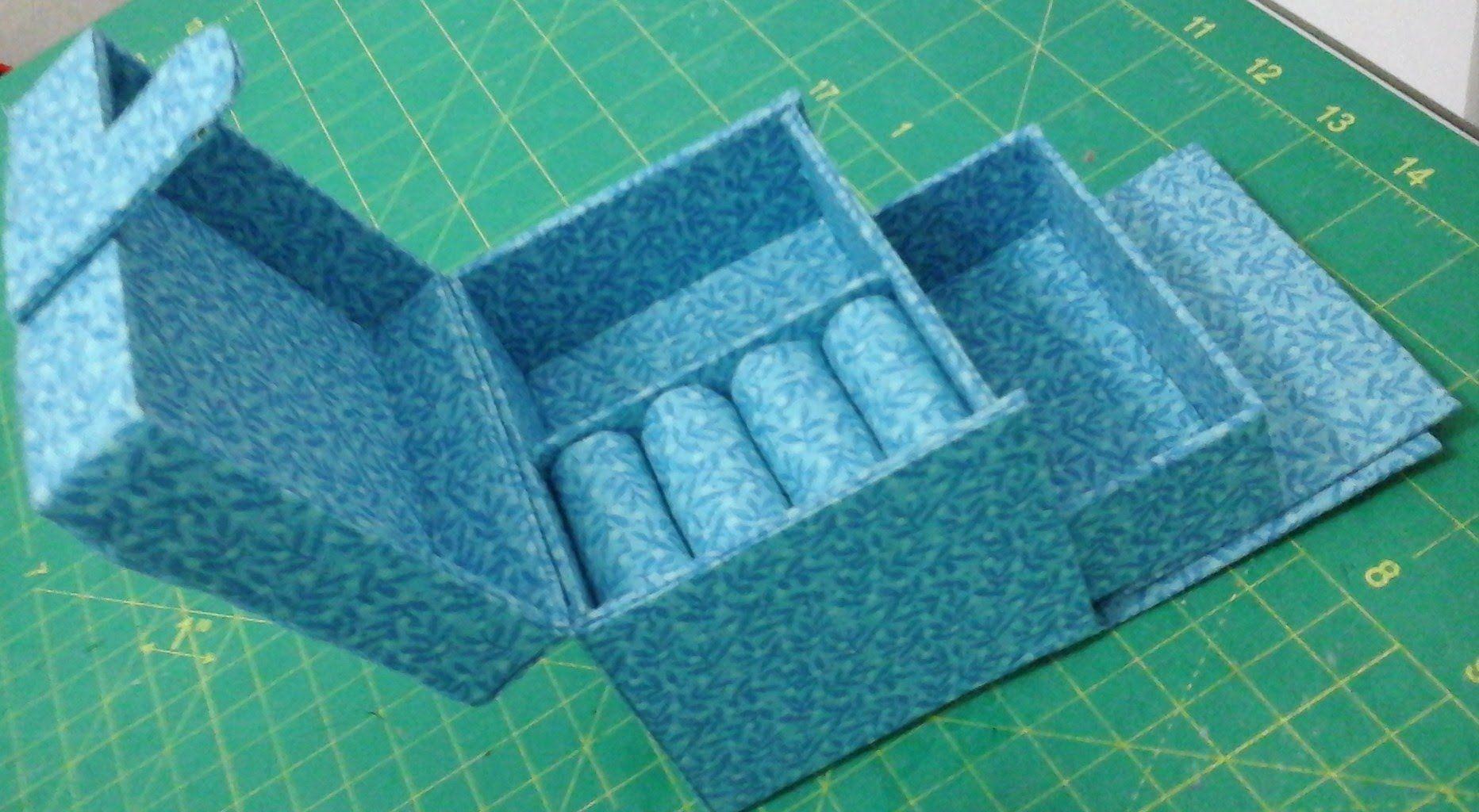 como fazer um mine porta joias manualidades echas con carton pinterest cartonaje cajas y. Black Bedroom Furniture Sets. Home Design Ideas
