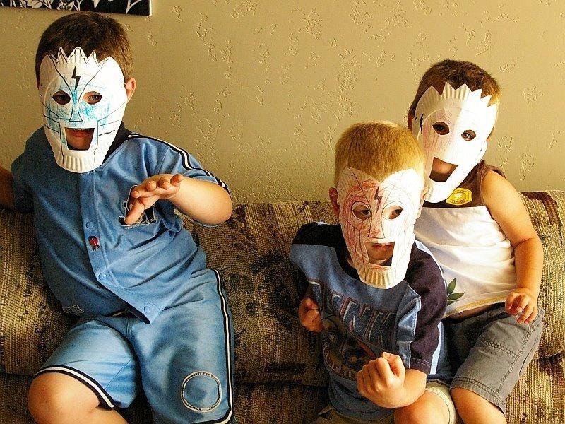 DIY Halloween  Paper Plate Masks - DIY kids craft & DIY Halloween : Paper Plate Masks - DIY kids craft | Naamiot ...