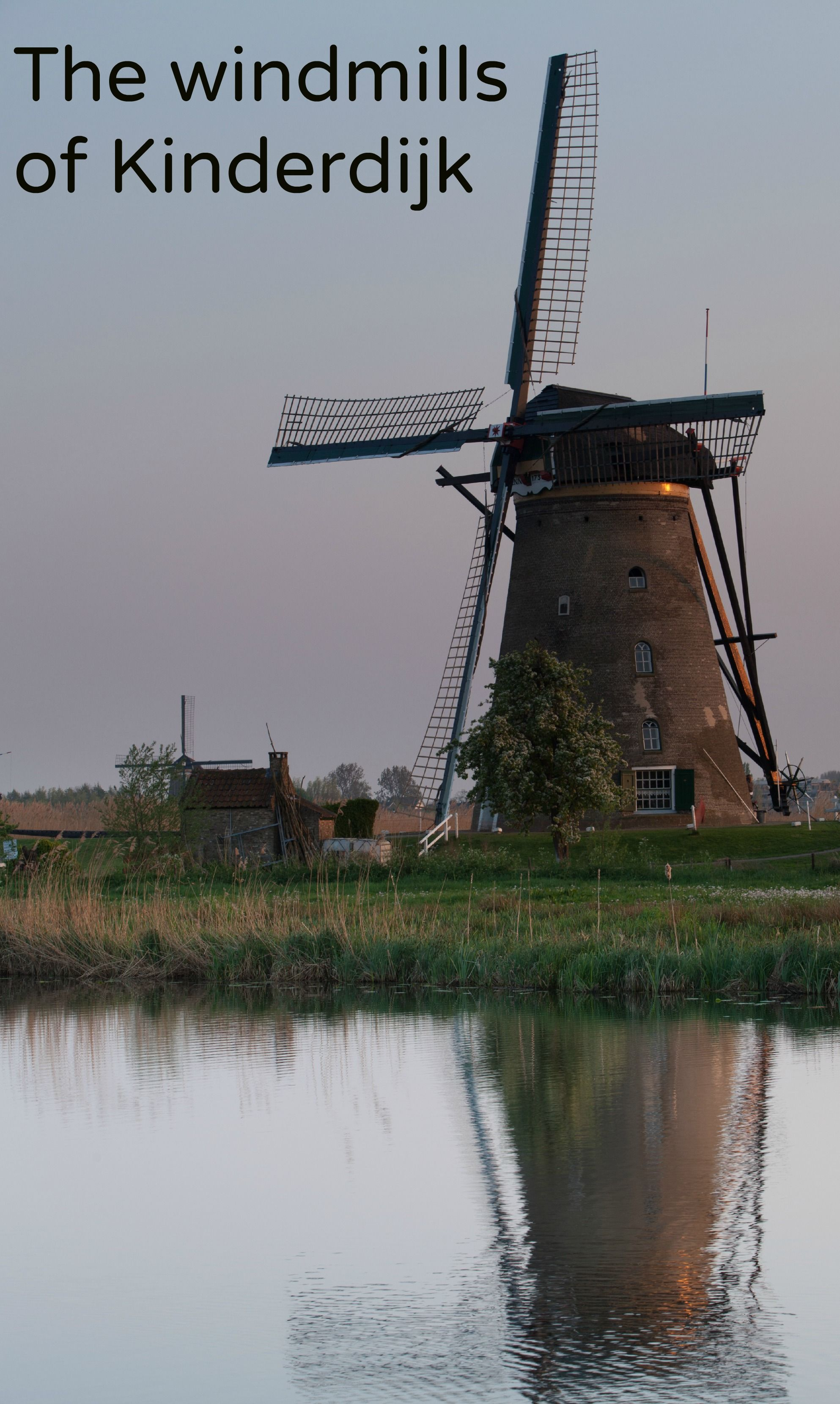 #Kinderdijk is a #Unesco World Heritage Site in The #Netherlands famous for its windmills - #travel, #Europe -