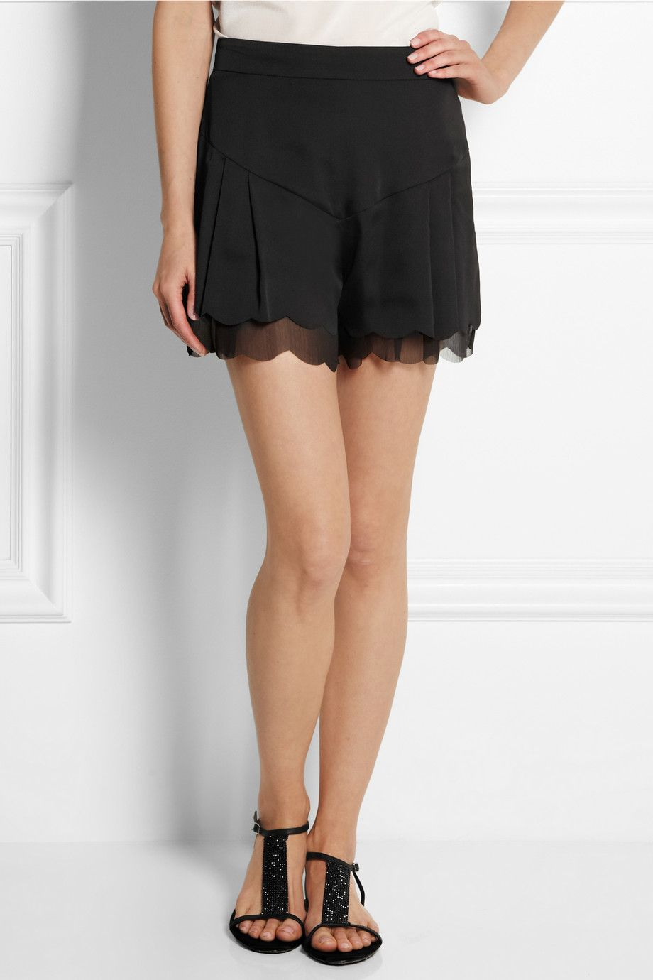 Love these shorts//Kate Moss for Topshop|Scalloped satin and chiffon shorts|NET-A-PORTER.COM