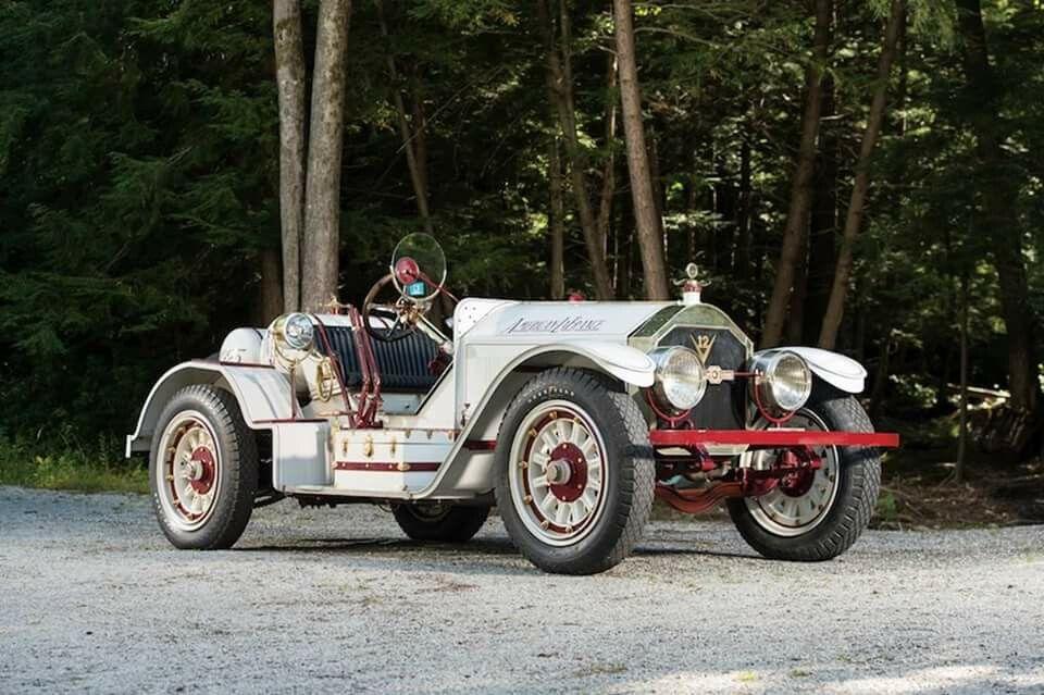 - 1923 American LeFrance Speedster V12