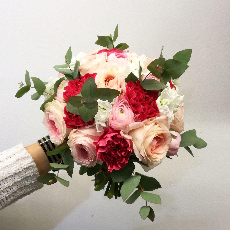 bruidsboeket david austin roos eucalyptus wedding