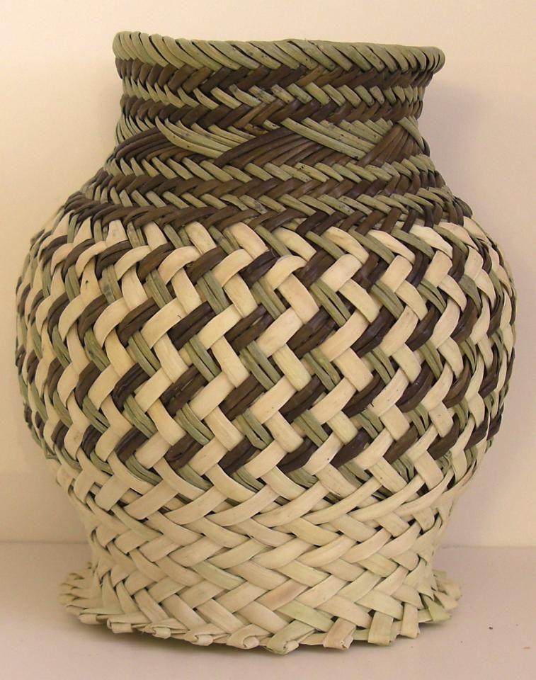 Mexican folk art Gorgeous Tarahumara basket