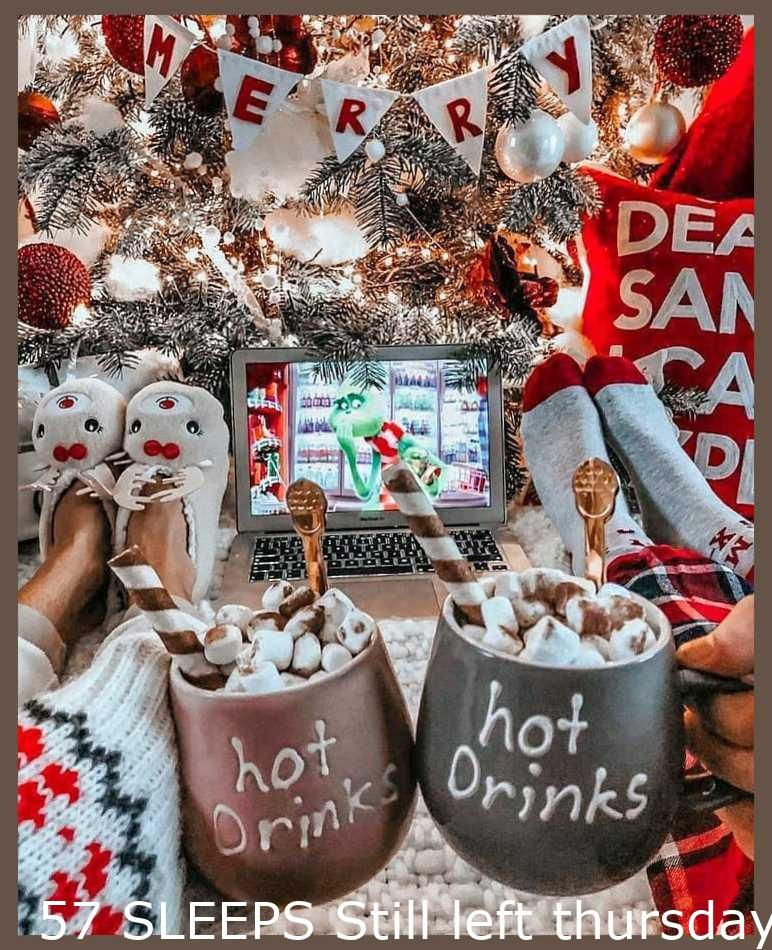 Christmas Tree Ideas Decorating 57 Sleeps Still Leftthursday 29th Oct 2020qotd What Is In 2020 Best Christmas Movies Christmas Movies Happy Christmas Eve