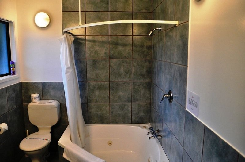 Shower Tub Corner Combo Bathroom Decor Tub Shower