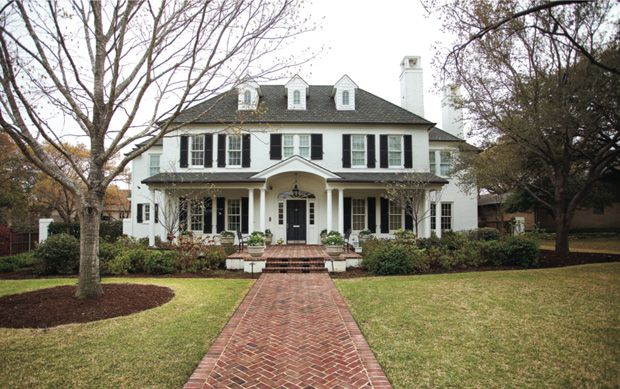 New Colonial Revival Style House Done Well Old Houses Colonial