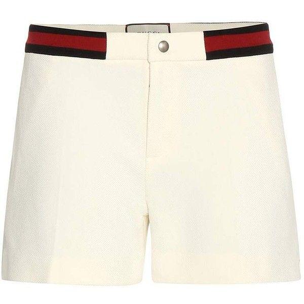 Poplin shorts Gucci ($325) ❤ liked on Polyvore featuring shorts, gucci, poplin shorts, navy blue shorts, preppy shorts and gucci shorts