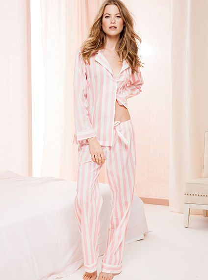 4f0cbda127 The Victoria s Secret Cotton Mayfair Pajama Iconic Pink Stripe- small. I  think this is really cute )
